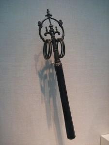 """Uno """"shakujo"""", il bastone dei monaci buddisti."""